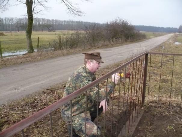 Bunkry i fortyfikacje, Schron mauzoleum Pułku Piechoty Strzelców Słonimskich - zdjęcie, fotografia