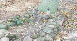 Mogiła poległych żołnierzy września koło Ośrodka