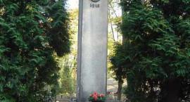Wizyta Jazłowiaków na grobach poległych