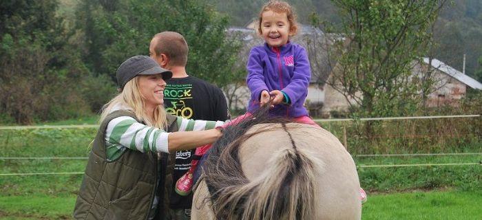 Felietony blogerów, konie wiedzą pomagają Wywiad hipoterapeutką - zdjęcie, fotografia