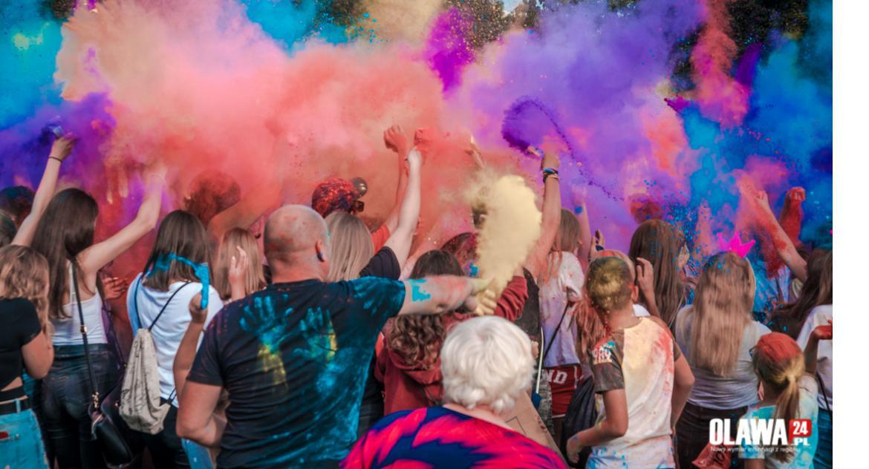 Imprezy, Tłumy szalały Dawidzie Kwiatkowskim - zdjęcie, fotografia