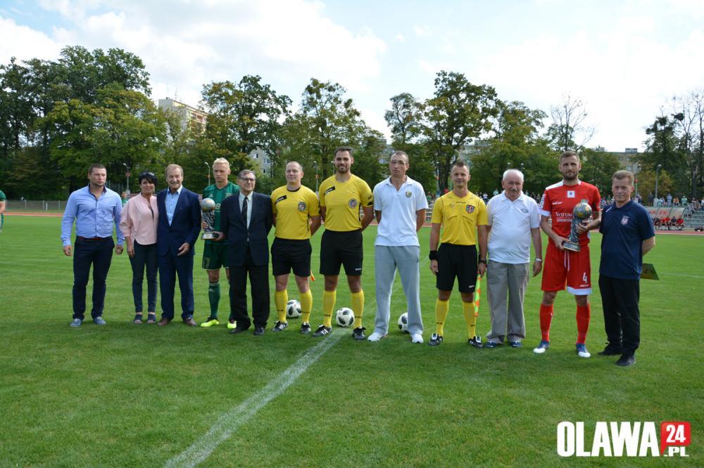 Piłka nożna, grali Grzegorza Natalki - zdjęcie, fotografia