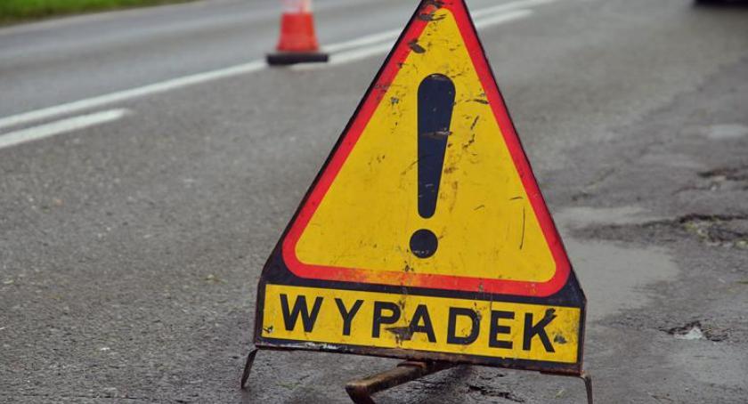 Wypadki drogowe, Wypadek przed Godzikowicami - zdjęcie, fotografia