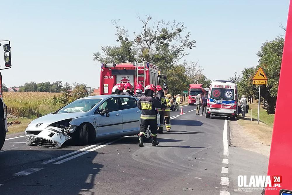 Wypadki drogowe, Stłuczka Marcinkowicach Droga zablokowana - zdjęcie, fotografia