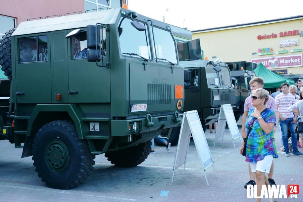 Zloty, Piknik militarny Jelczu Laskowicach - zdjęcie, fotografia