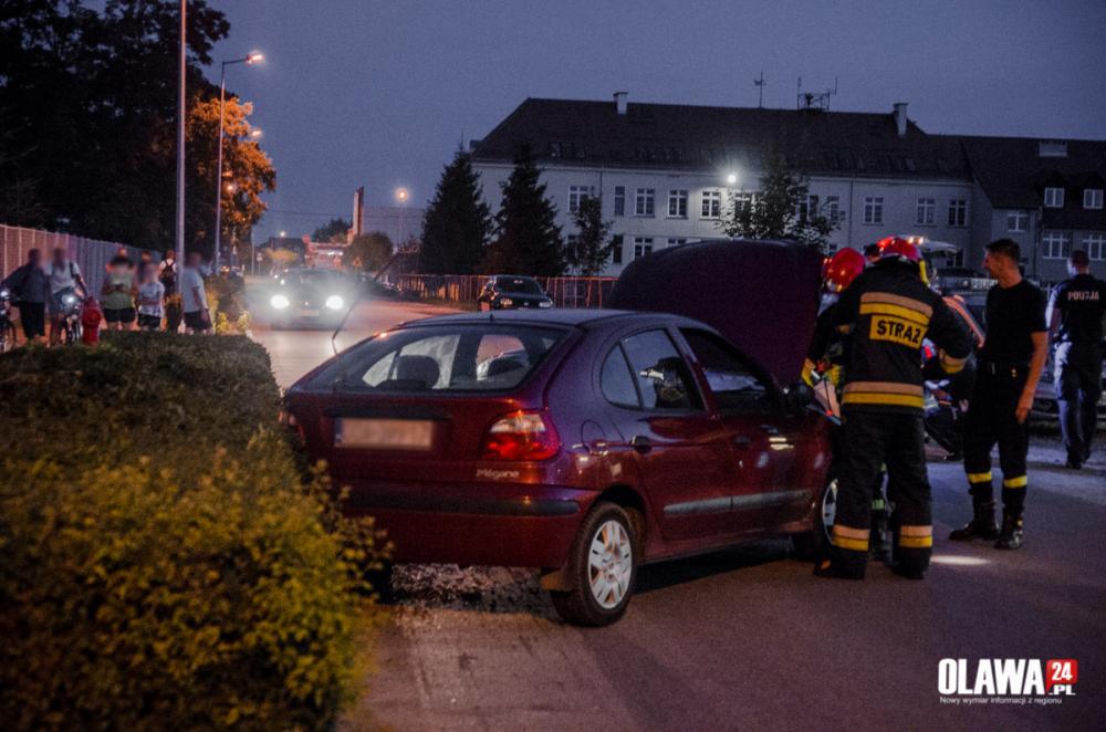 Kronika policyjna, pijany prowadził samochód uprawnień - zdjęcie, fotografia
