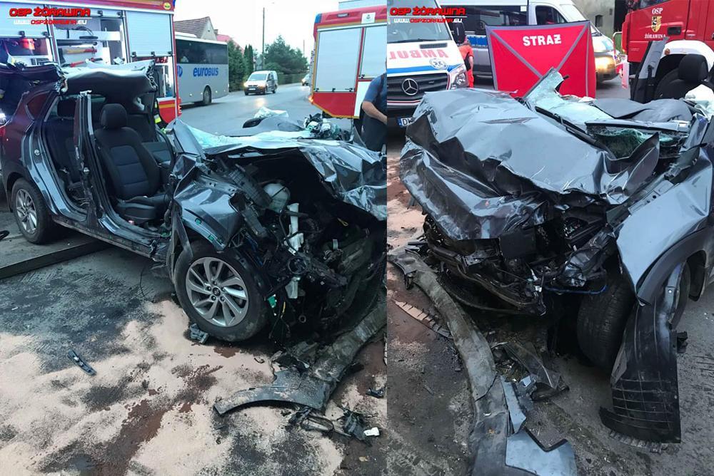 Wypadki drogowe, Samochód uderzył budynek Zginął kierowca - zdjęcie, fotografia