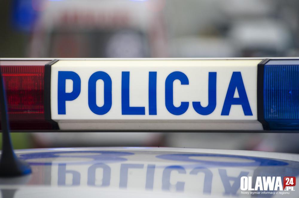 Kronika policyjna, Pijany zatrzymany prawa jazdy - zdjęcie, fotografia
