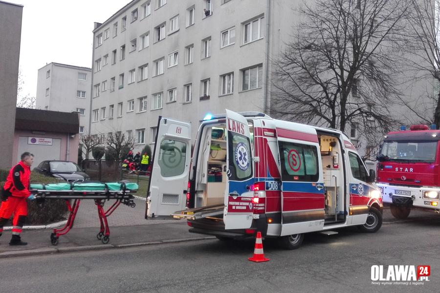 Kronika policyjna, Mężczyzna wyskoczył piętra - zdjęcie, fotografia