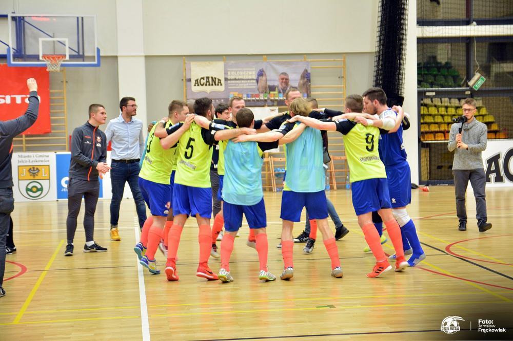 Futsal, Orzeł dominuje Malwee przed własną publicznością - zdjęcie, fotografia