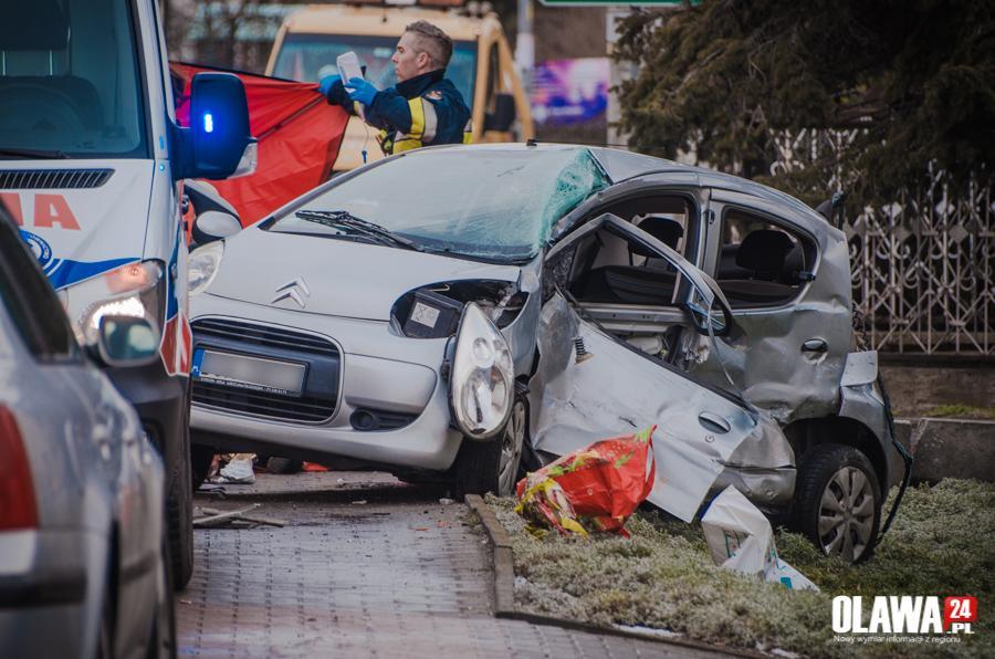 Wypadki drogowe, Śmiertelny wypadek - zdjęcie, fotografia