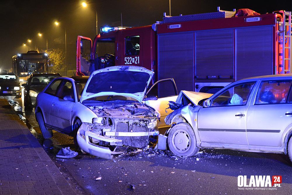 Wypadki drogowe, Uderzyła ochronić rowerzystę - zdjęcie, fotografia