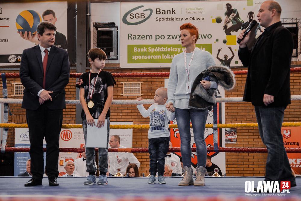 Sztuki walki, Walczyli ringu pomagali Oktawianowi - zdjęcie, fotografia