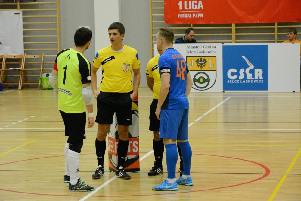 Futsal, Orzeł traci pierwsze punkty zaciętym pojedynku - zdjęcie, fotografia