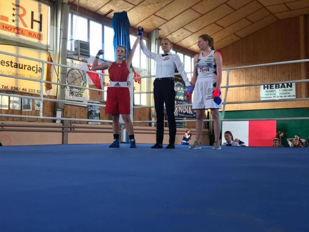 Siatkówka, Brązowy medal boksie Pauliny Wierzyk - zdjęcie, fotografia
