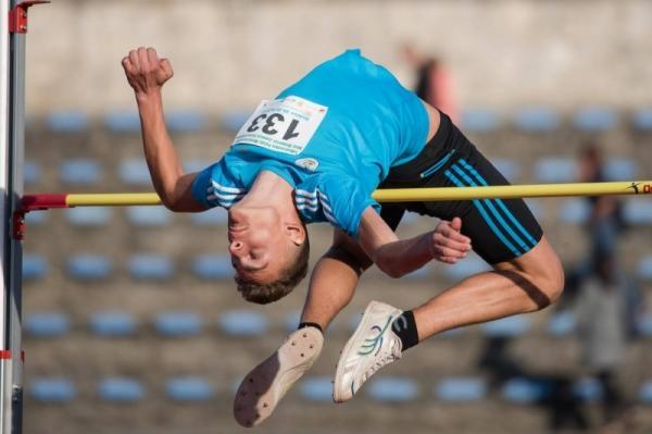 Skok Wzwyż, Jakub Sucharski czwarty Mistrzostwach Polski Młodzików - zdjęcie, fotografia