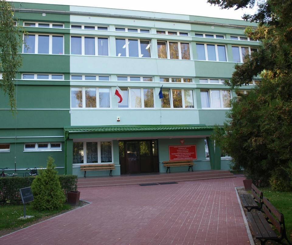 Edukacja, ZKZiU tytułem Zasłużony Miasta Oława - zdjęcie, fotografia