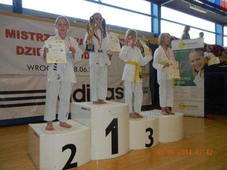 Sztuki walki, Młodzi karatecy Miłoszyc - zdjęcie, fotografia
