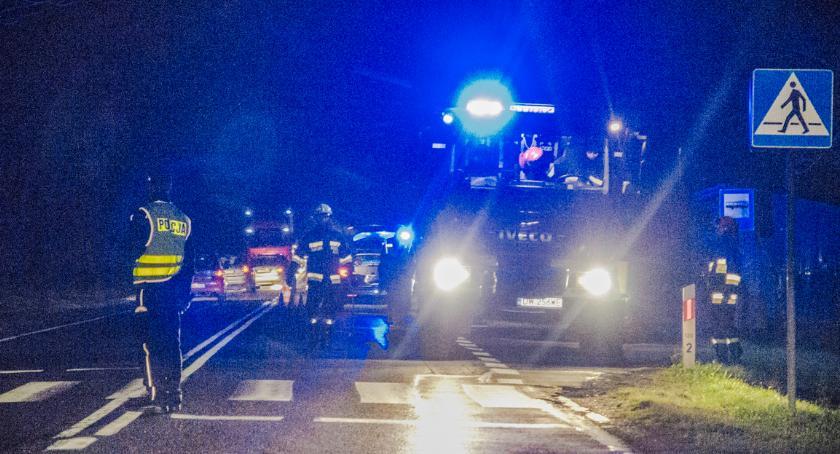 Wypadki drogowe, Stanowice Karetka potrąciła pieszego - zdjęcie, fotografia