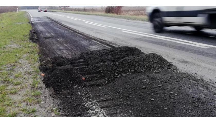 List do redakcji, Załatane kawałki asfaltu dziurawe Kierowcy poirytowani - zdjęcie, fotografia