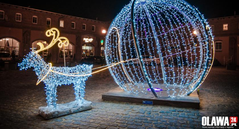 Inwestycje, Świąteczne iluminacje działają - zdjęcie, fotografia