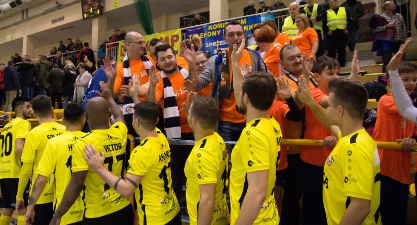 Futsal, Lider brązowy medalista jednym Jelcza Laskowic przyjeżdża Toruń - zdjęcie, fotografia