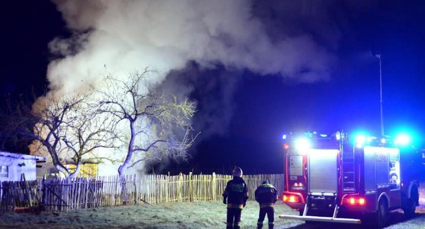 Pożary, Pożar altanki Oławie - zdjęcie, fotografia