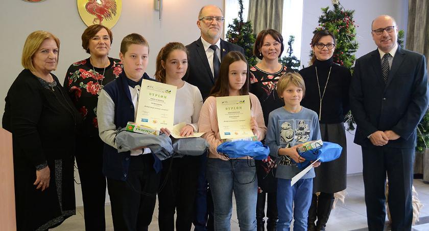 Edukacja, konkursy podsumowane Wyłoniono mistrzów ortografii - zdjęcie, fotografia