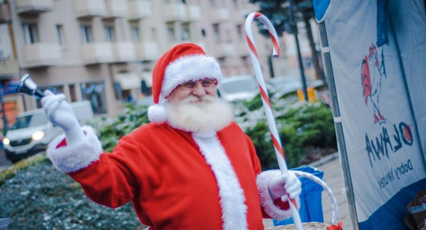 Imprezy, oławskim rynku jarmark bożonarodzeniowy Byliście - zdjęcie, fotografia