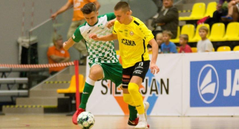 Futsal, Kacper Kędra Najtrudniejsze było zostawienie bliskich - zdjęcie, fotografia