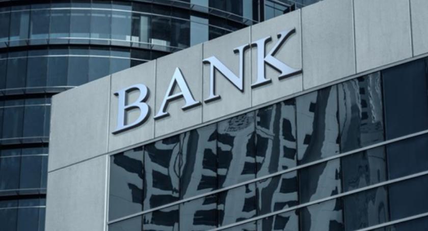 Ciekawostki, Pożyczka tylko banku Niekoniecznie! Sprawdź ranking pożyczek - zdjęcie, fotografia