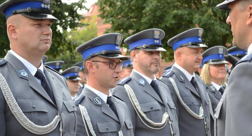 Akcje, Wstąp szeregi policji - zdjęcie, fotografia