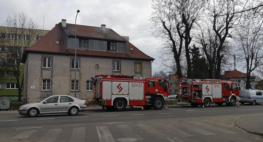 Pożary, Pożar poddasza kamienicy - zdjęcie, fotografia