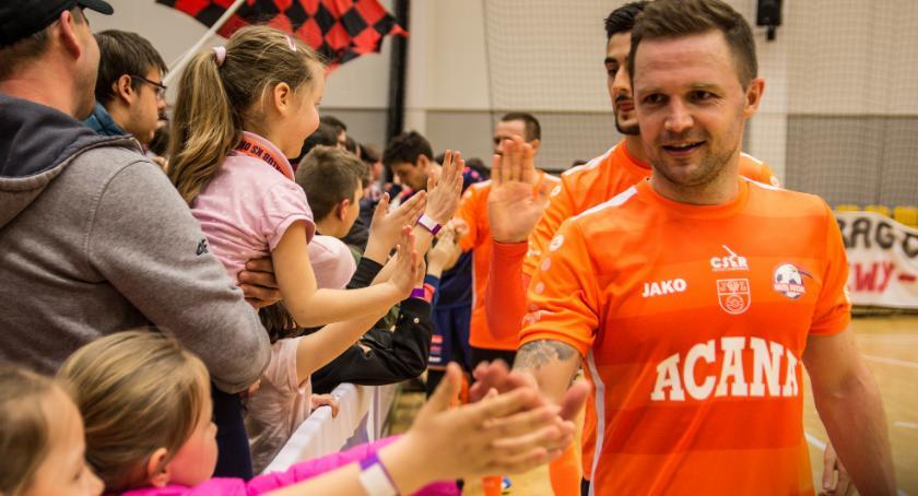 Futsal, Orzeł wraca walki najwyższe zwycięstwie Dragons - zdjęcie, fotografia