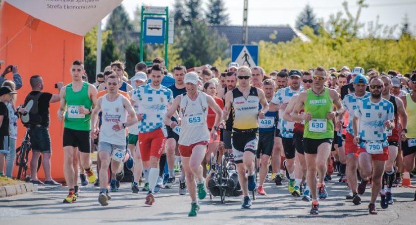 Bieganie, Przyjdź kibicuj maratończykom - zdjęcie, fotografia