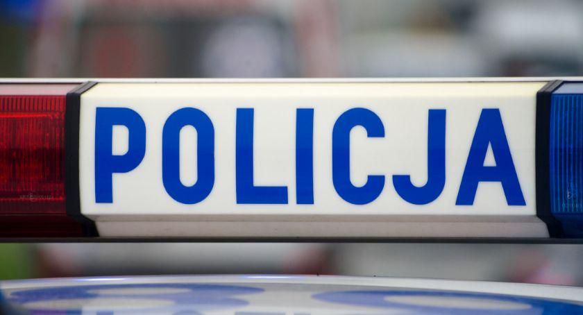 Kronika policyjna, Pijany zakazem prowadzenia pojazdów wsiadł kierownicę - zdjęcie, fotografia
