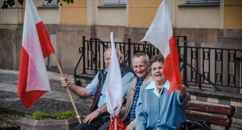 Święta, Przyjdź Dzień Flagi - zdjęcie, fotografia
