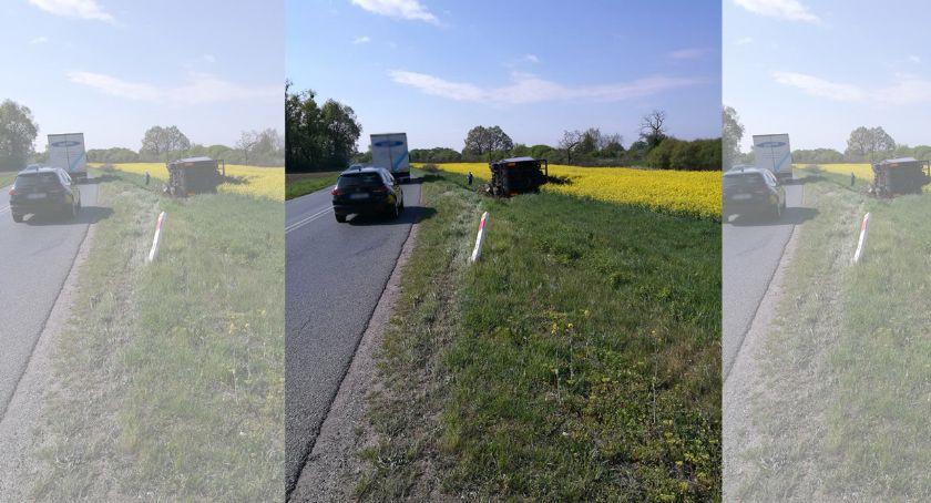 Kronika policyjna, Samochód ciężarowy wjechał rzepak - zdjęcie, fotografia