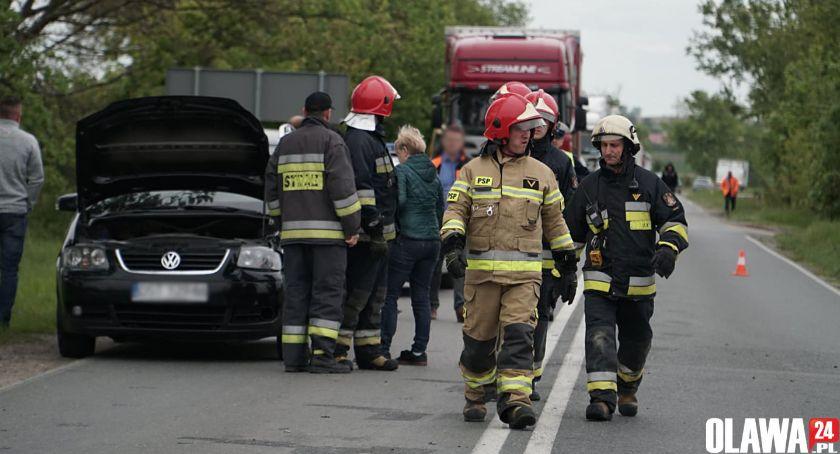 Wypadki drogowe, Zderzyły samochody - zdjęcie, fotografia