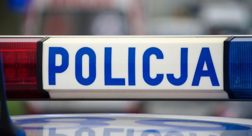 Kronika policyjna, Okradła sklep miała pieniędzy jedzenie - zdjęcie, fotografia
