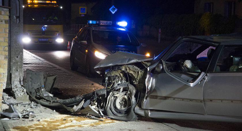 Kronika policyjna, Zasnął kierownicą - zdjęcie, fotografia