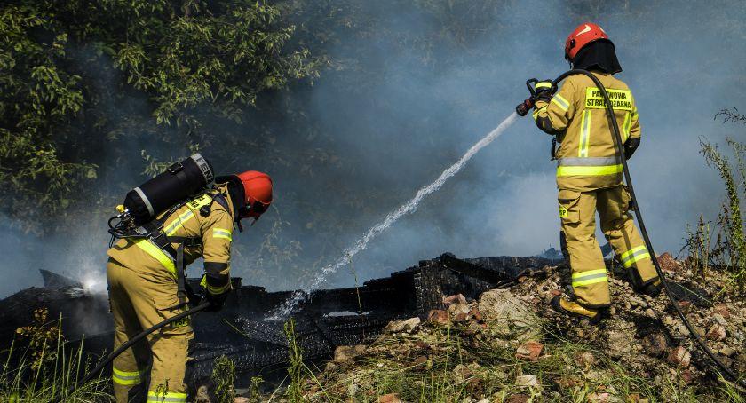 Pożary, Czarny miastem Pożar Portowej - zdjęcie, fotografia