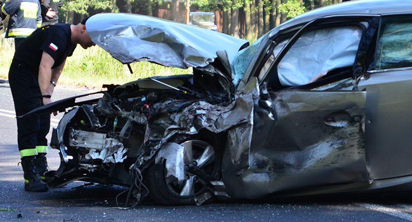 Wypadki drogowe, Czołówka łuku drogi - zdjęcie, fotografia