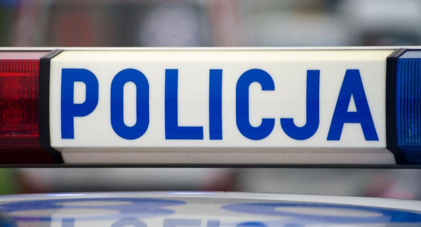 Kronika policyjna, Ujawnili amfetaminę dodatkowo poszukiwany - zdjęcie, fotografia
