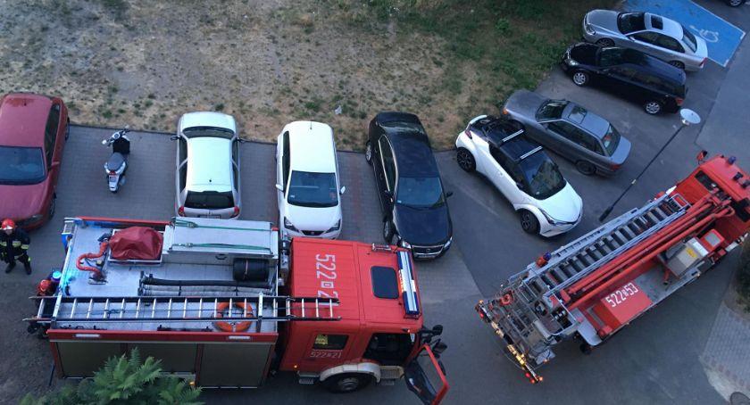 Pożary, Zapaliły meble balkonie - zdjęcie, fotografia