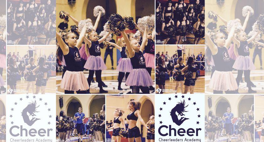 Ciekawostki, Akademia Cheerleaderek zaprasza najlepsze zajęcia taneczne pomponami akrobatykę września 2019! - zdjęcie, fotografia