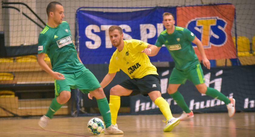 Futsal, niespodzianki Acana Orzeł uległ mistrzom Polski - zdjęcie, fotografia