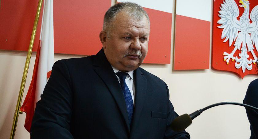 Gmina Oława, Chcą odwołać Kownackiego - zdjęcie, fotografia