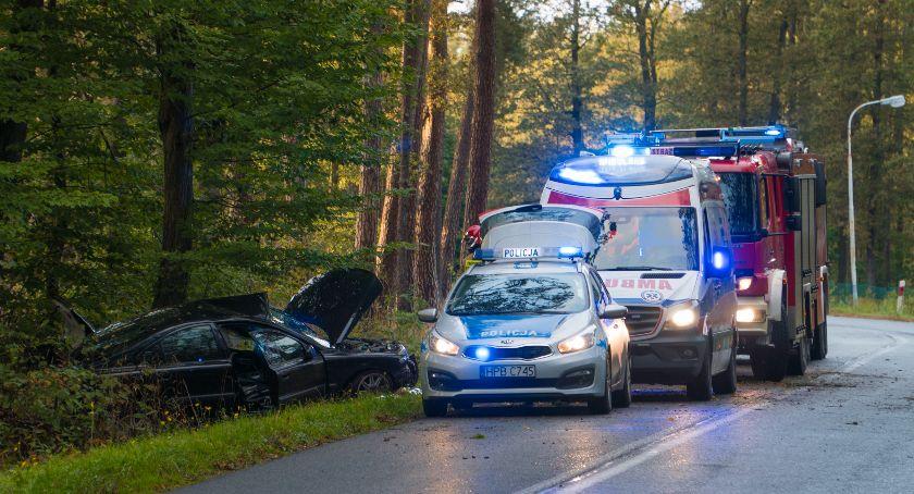 Wypadki drogowe, Jesień wypadków kolizji dziś doszło kilku - zdjęcie, fotografia