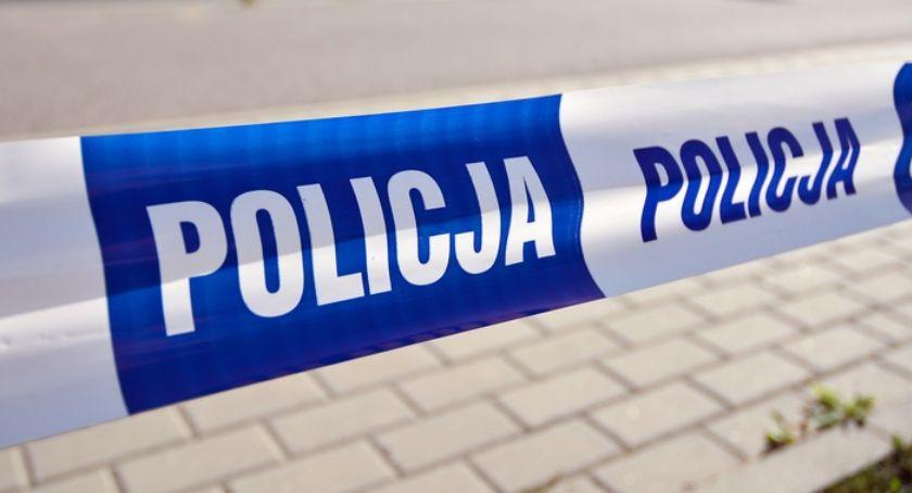 Kronika policyjna, Ciało mężczyzny znalezione Nowym Otoku - zdjęcie, fotografia